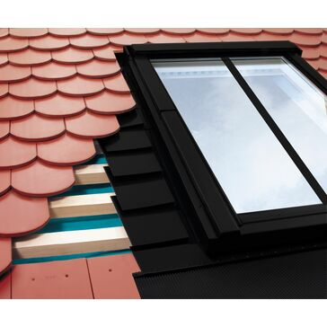 FAKRO EPV/C Plain Non-interlocking Tile Conservation Flashing Kit