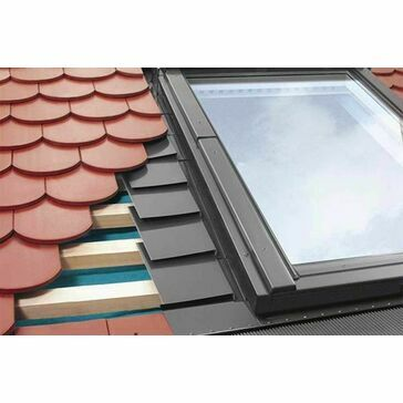 Fakro EPV 10 114x118 Plain Tile Flashing Kit