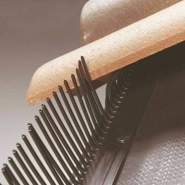 Klober Eaves Filler Comb - Black (Pack of 300)