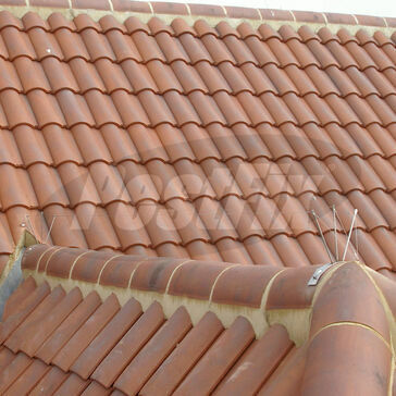 Seagull Post and Wire Kit For Half-Round Ridge Tiles