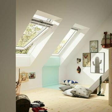 VELUX White Painted Centre Pivot 66 Pane Roof Window GGL SK10 2066 - 114cm x 160cm