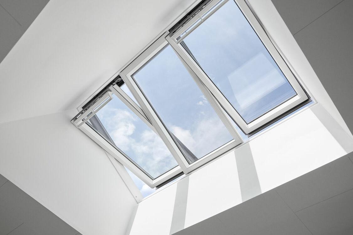 VELUX GGLS WK06 206650 STUDIO 3-in-1 Triple Glazed Window ...
