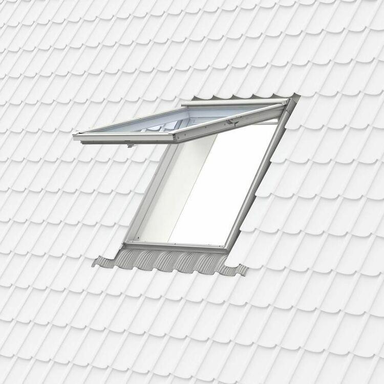 velux white polyurethane top hung roof window 62 pane gpu fk06 0062 66cm x 118cm only